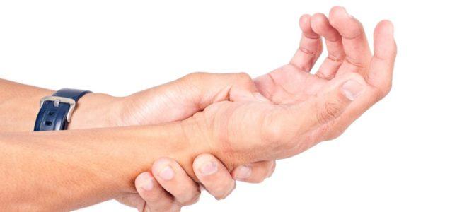 Melyek a kéztőalagút szindróma okai, és hogyan kezelhető?