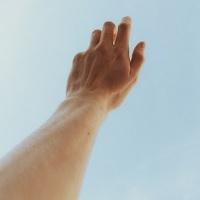 Ínhüvelygyulladás kézen kezelése